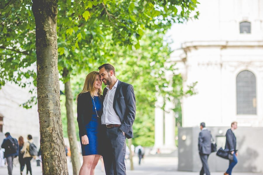JL3 1859 - Rebecca & Dan's Pre-wedding photography in London @ St. Paul's Cathedral