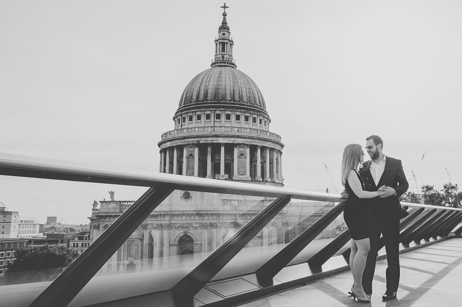 JL3 1973 - Rebecca & Dan's Pre-wedding photography in London @ St. Paul's Cathedral