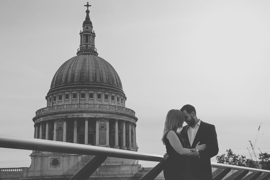 JL3 1980 - Rebecca & Dan's Pre-wedding photography in London @ St. Paul's Cathedral