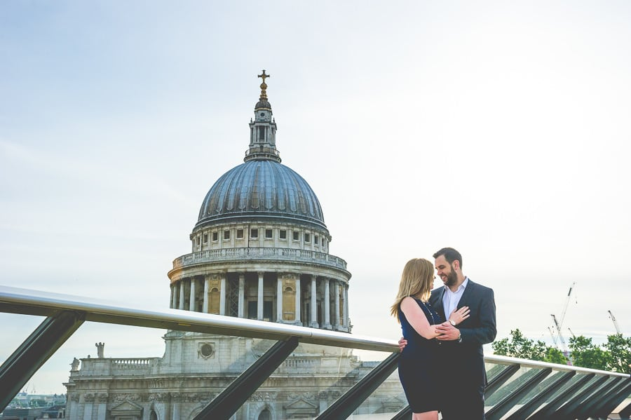 JL3 1981 - Rebecca & Dan's Pre-wedding photography in London @ St. Paul's Cathedral