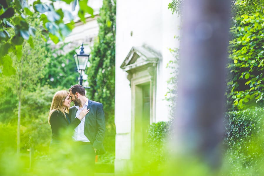 JL3 2109 - Rebecca & Dan's Pre-wedding photography in London @ St. Paul's Cathedral