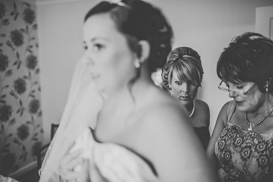 0168 - Wedding Photography @ The Emlyn Arms in Newcastle Emlyn - Catrin + Gavin