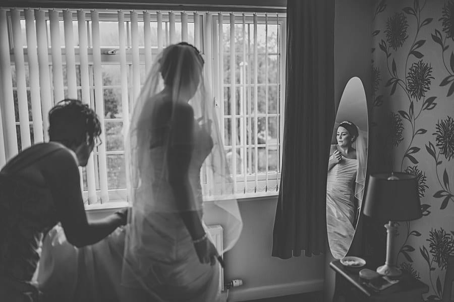 0188 - Wedding Photography @ The Emlyn Arms in Newcastle Emlyn - Catrin + Gavin
