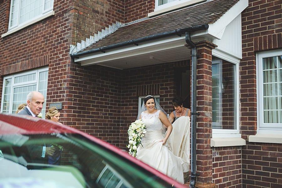 0256 - Wedding Photography @ The Emlyn Arms in Newcastle Emlyn - Catrin + Gavin