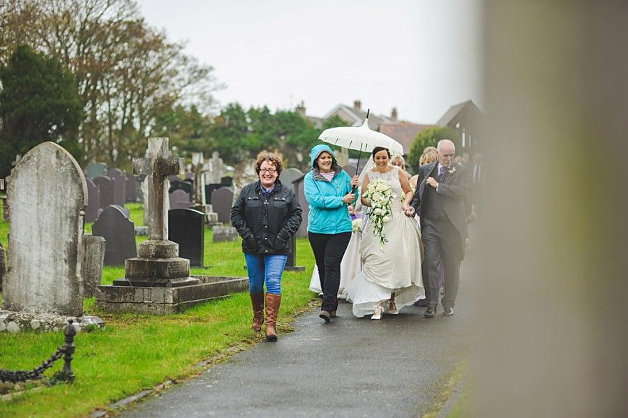 0290 - Wedding Photography @ The Emlyn Arms in Newcastle Emlyn - Catrin + Gavin
