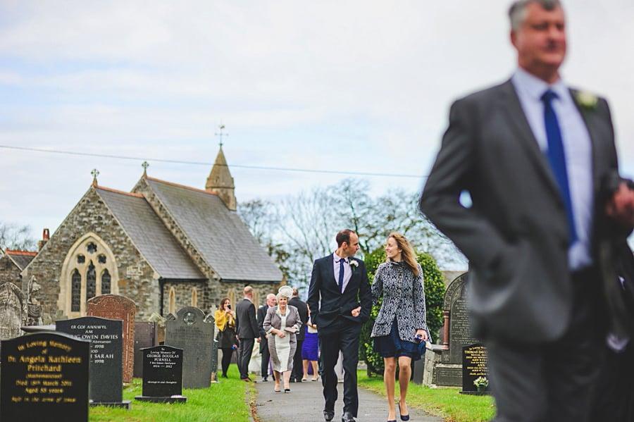 0458 - Wedding Photography @ The Emlyn Arms in Newcastle Emlyn - Catrin + Gavin