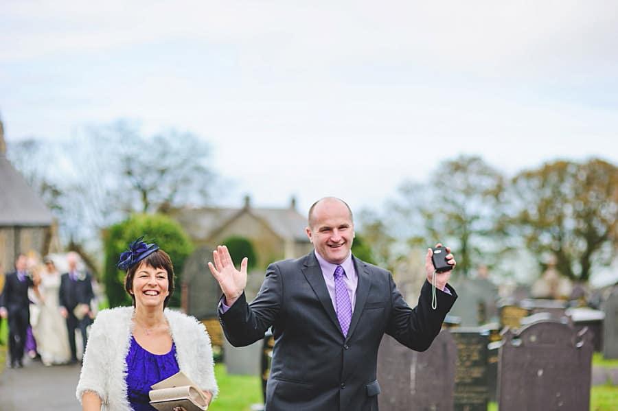 0461 - Wedding Photography @ The Emlyn Arms in Newcastle Emlyn - Catrin + Gavin