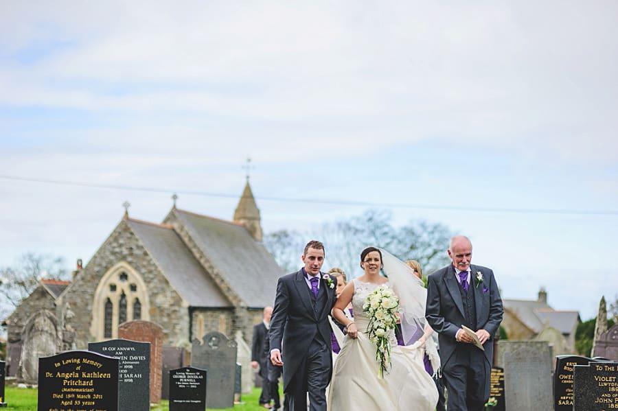 0465 - Wedding Photography @ The Emlyn Arms in Newcastle Emlyn - Catrin + Gavin
