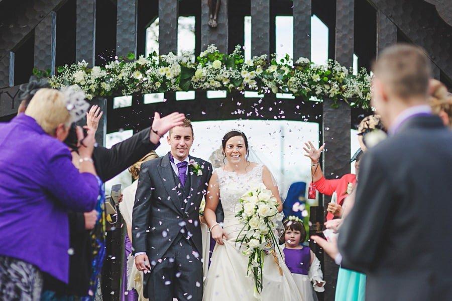0477 - Wedding Photography @ The Emlyn Arms in Newcastle Emlyn - Catrin + Gavin
