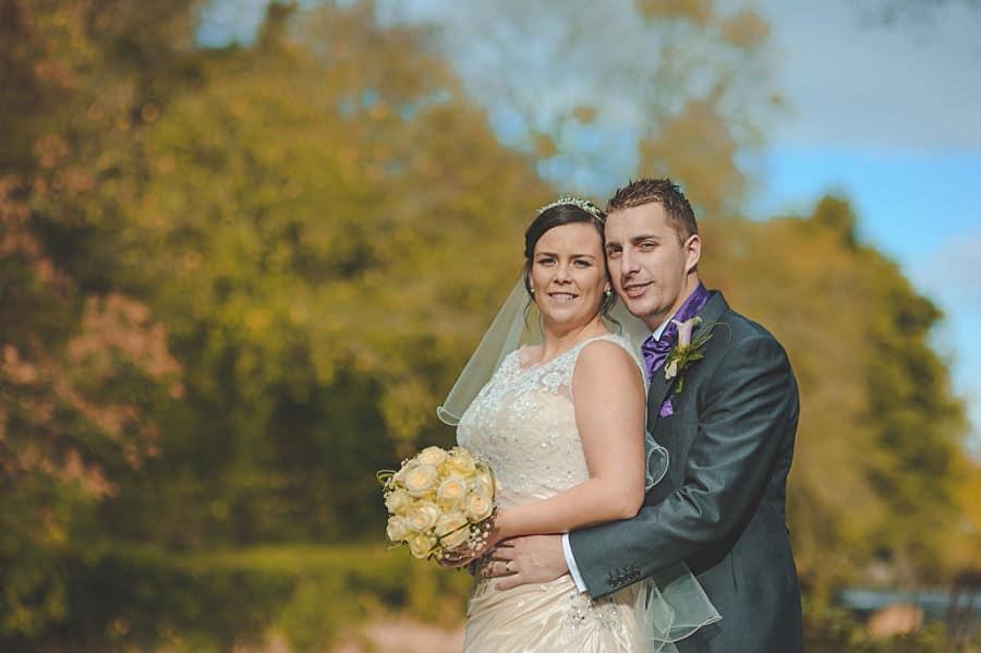 0644 - Wedding Photography @ The Emlyn Arms in Newcastle Emlyn - Catrin + Gavin