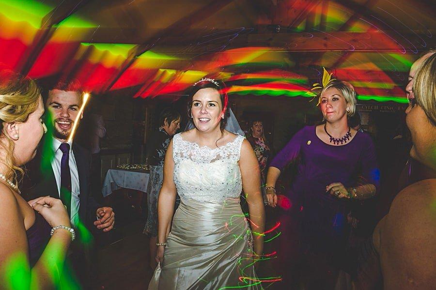 0930 - Wedding Photography @ The Emlyn Arms in Newcastle Emlyn - Catrin + Gavin