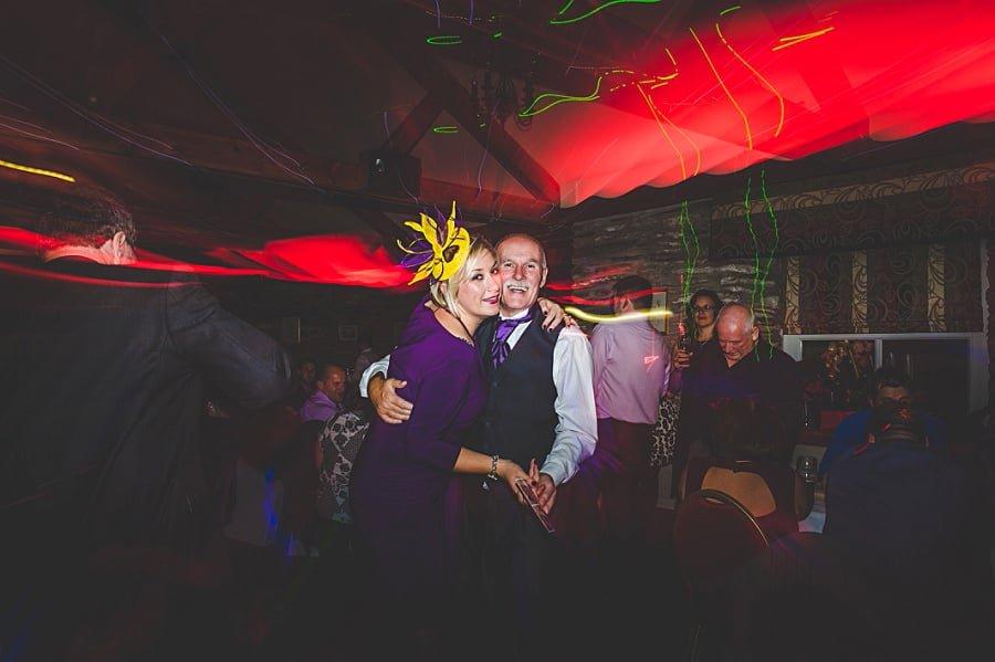 0936 - Wedding Photography @ The Emlyn Arms in Newcastle Emlyn - Catrin + Gavin
