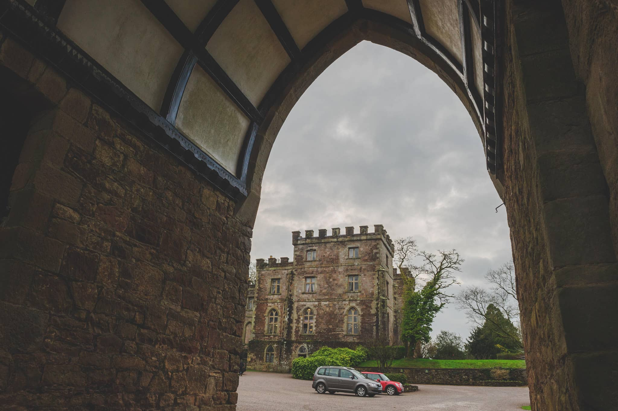 clearwell-castle-wedding-photography (1)