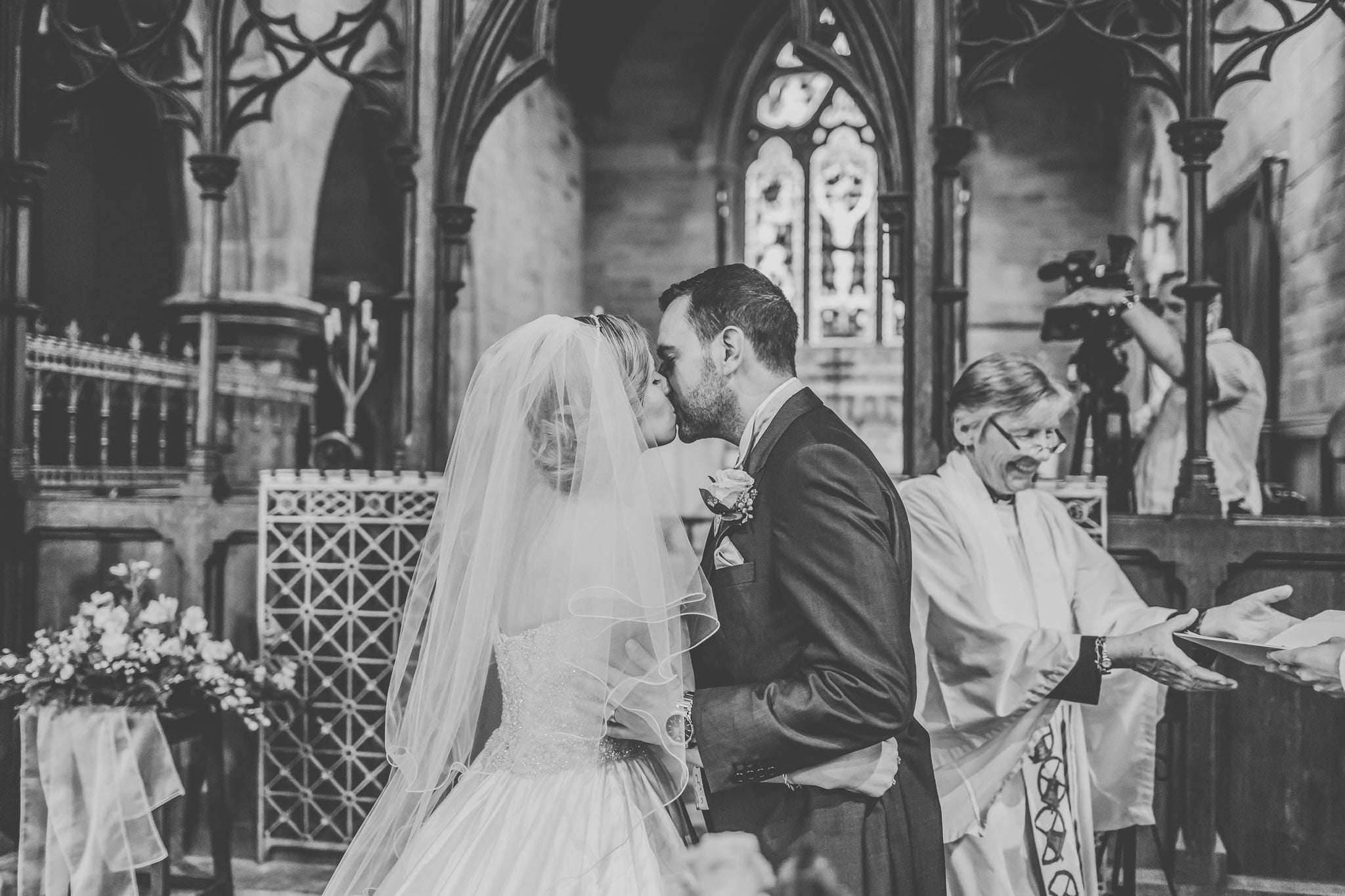 eastnor-castle-wedding-photography (64)