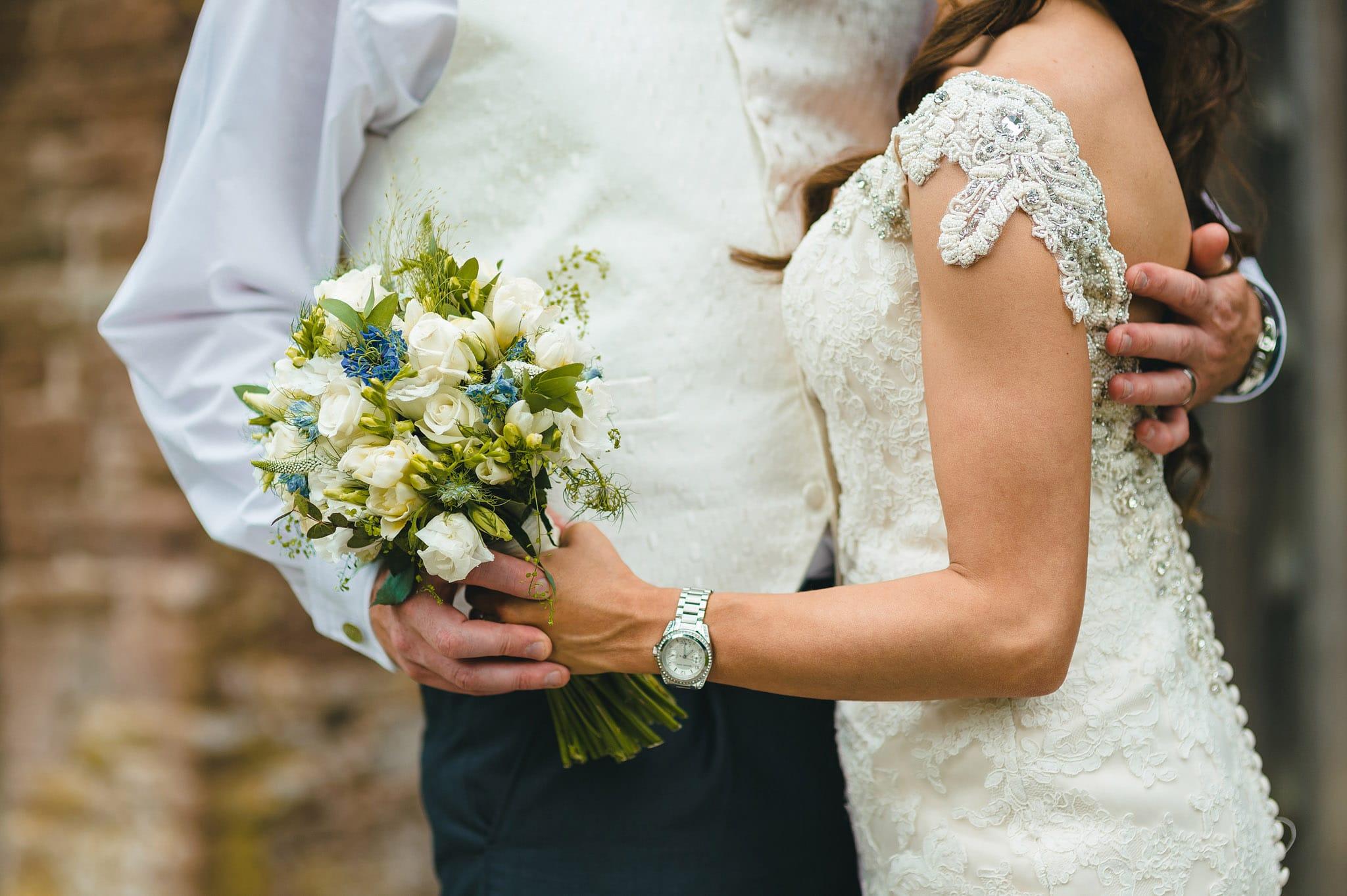 how-caple-court-wedding-photographer (105)