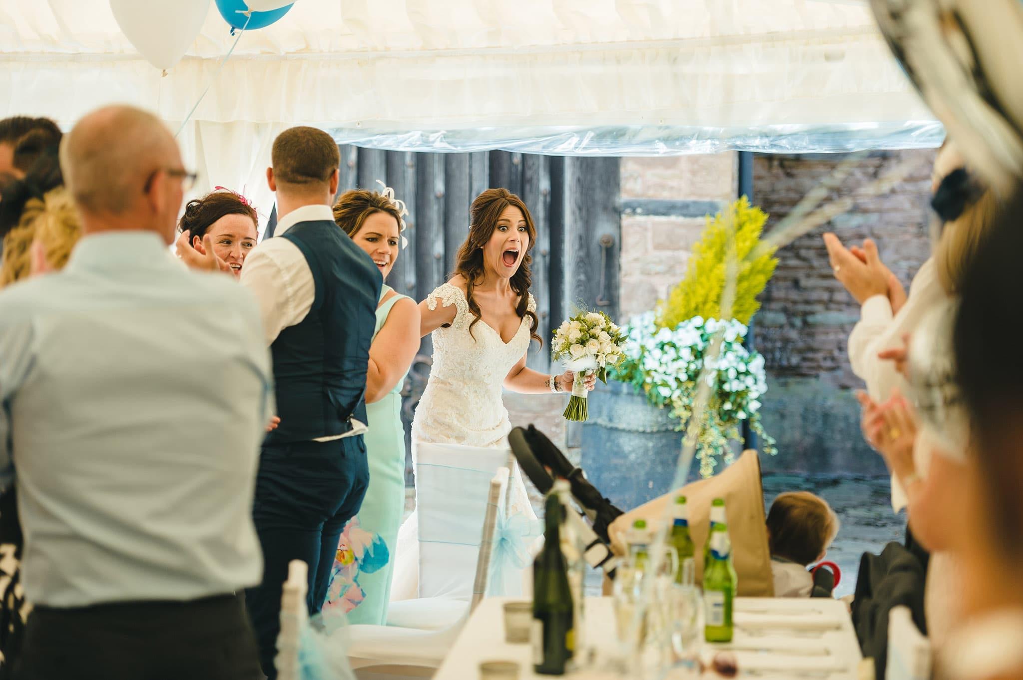 how-caple-court-wedding-photographer (111)