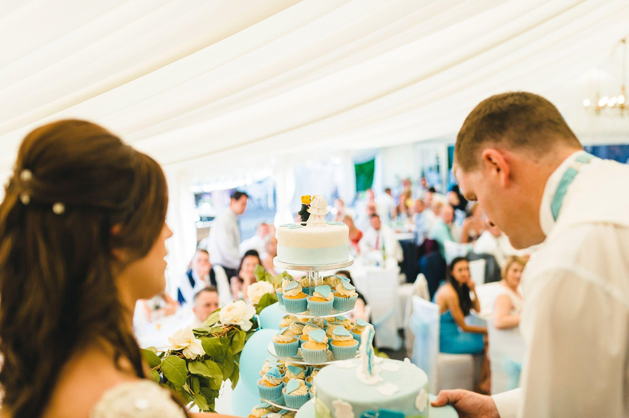 how-caple-court-wedding-photographer (117)