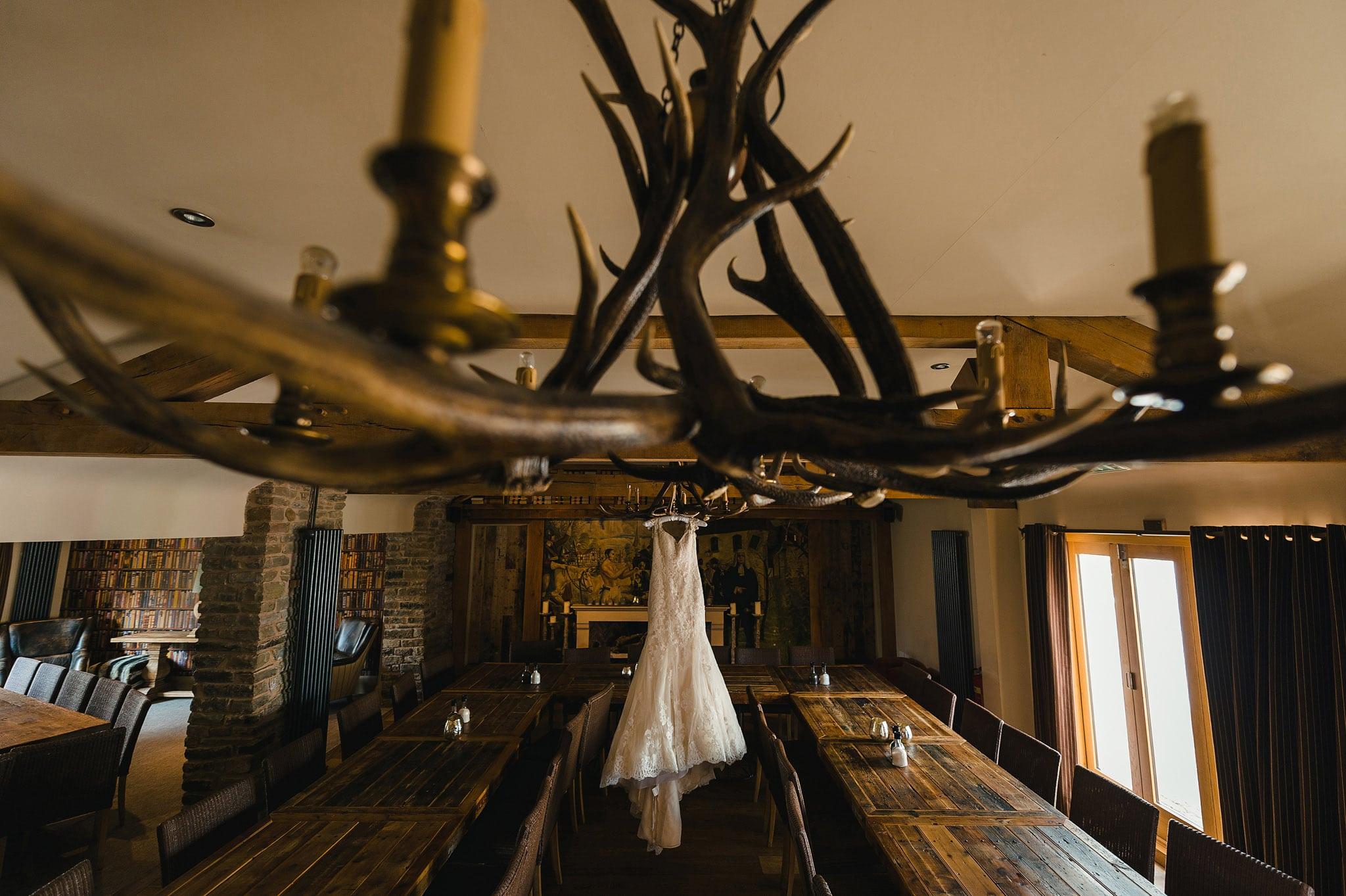 how-caple-court-wedding-photographer (2)