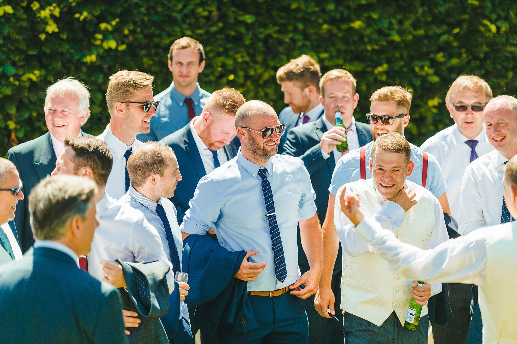 how-caple-court-wedding-photographer (85)