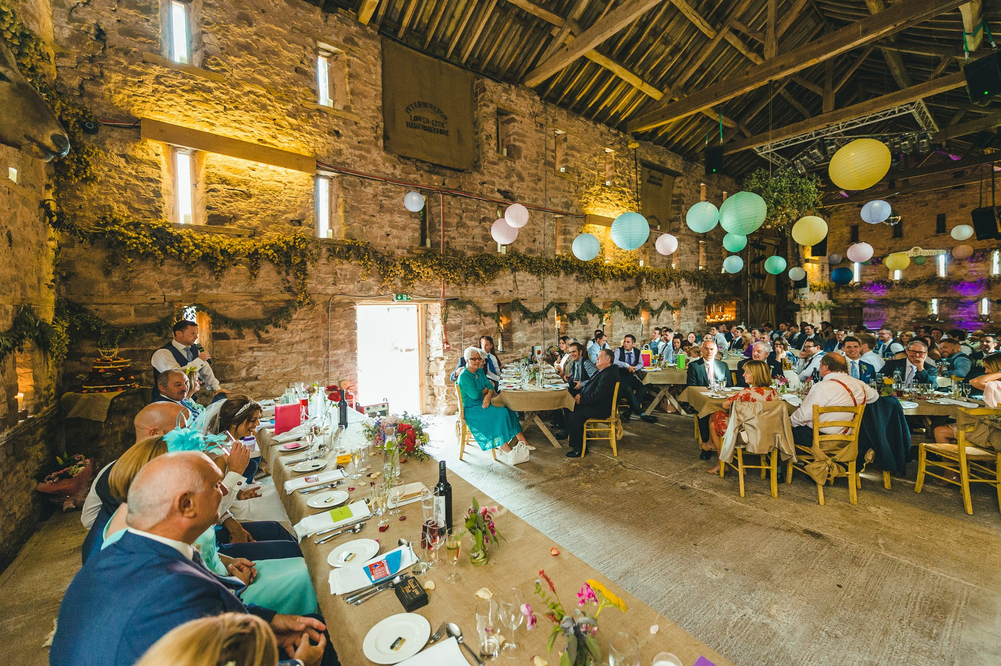 lyde-court-barn-wedding-photography-hereford (160)