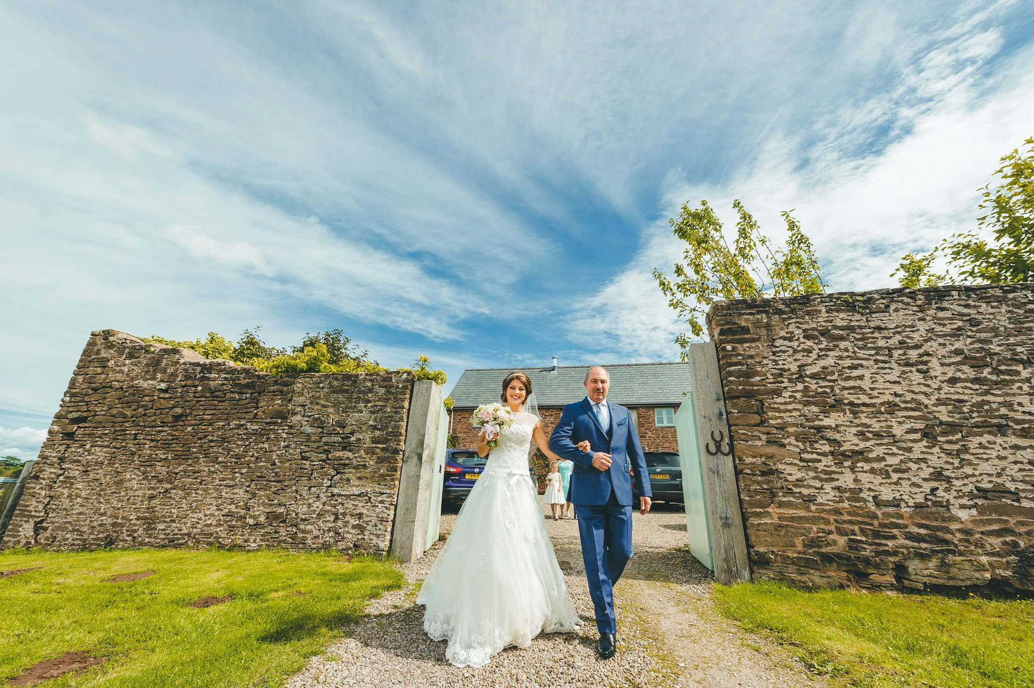 lyde-court-barn-wedding-photography-hereford (56)