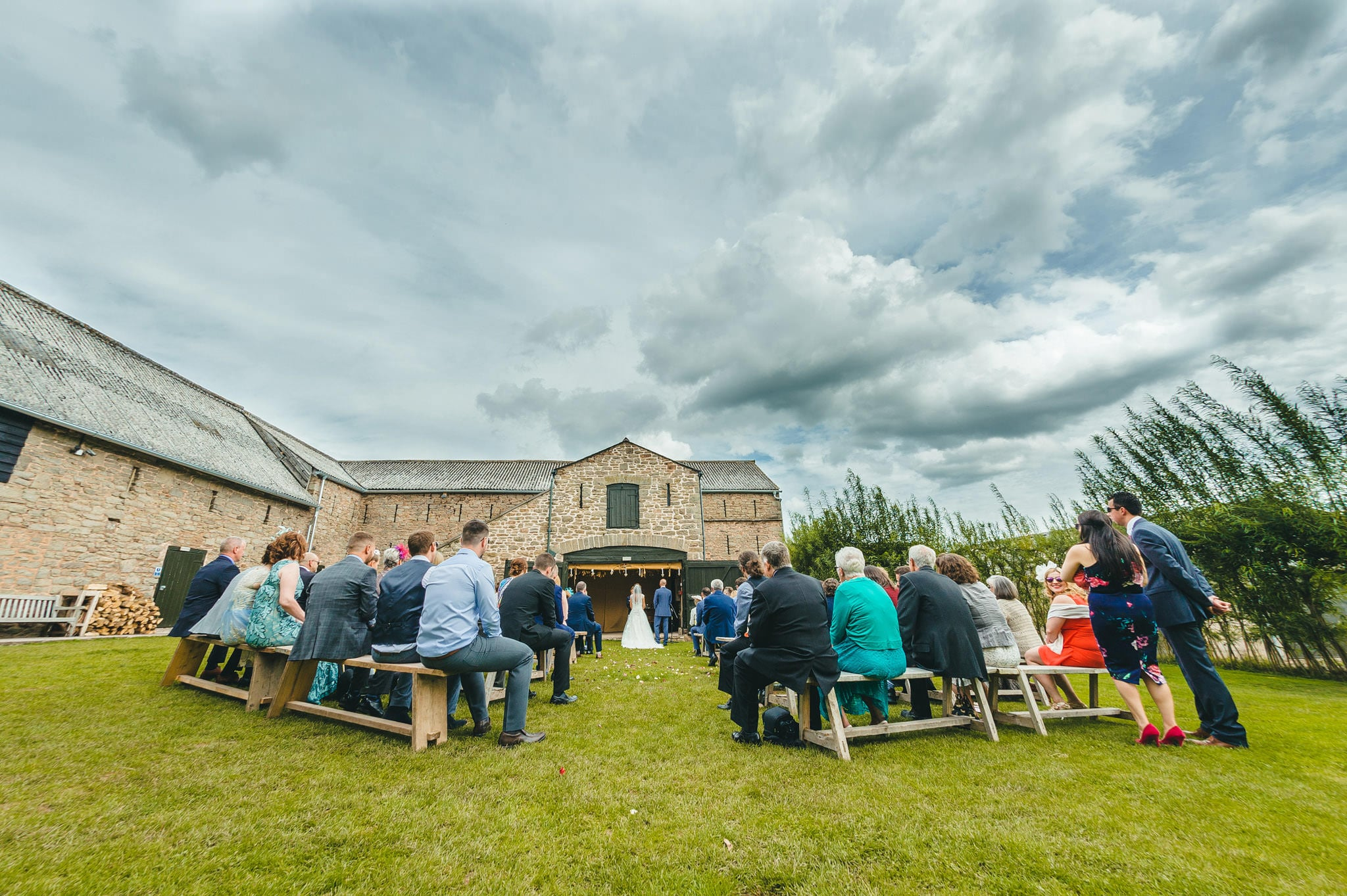 lyde-court-barn-wedding-photography-hereford (78)