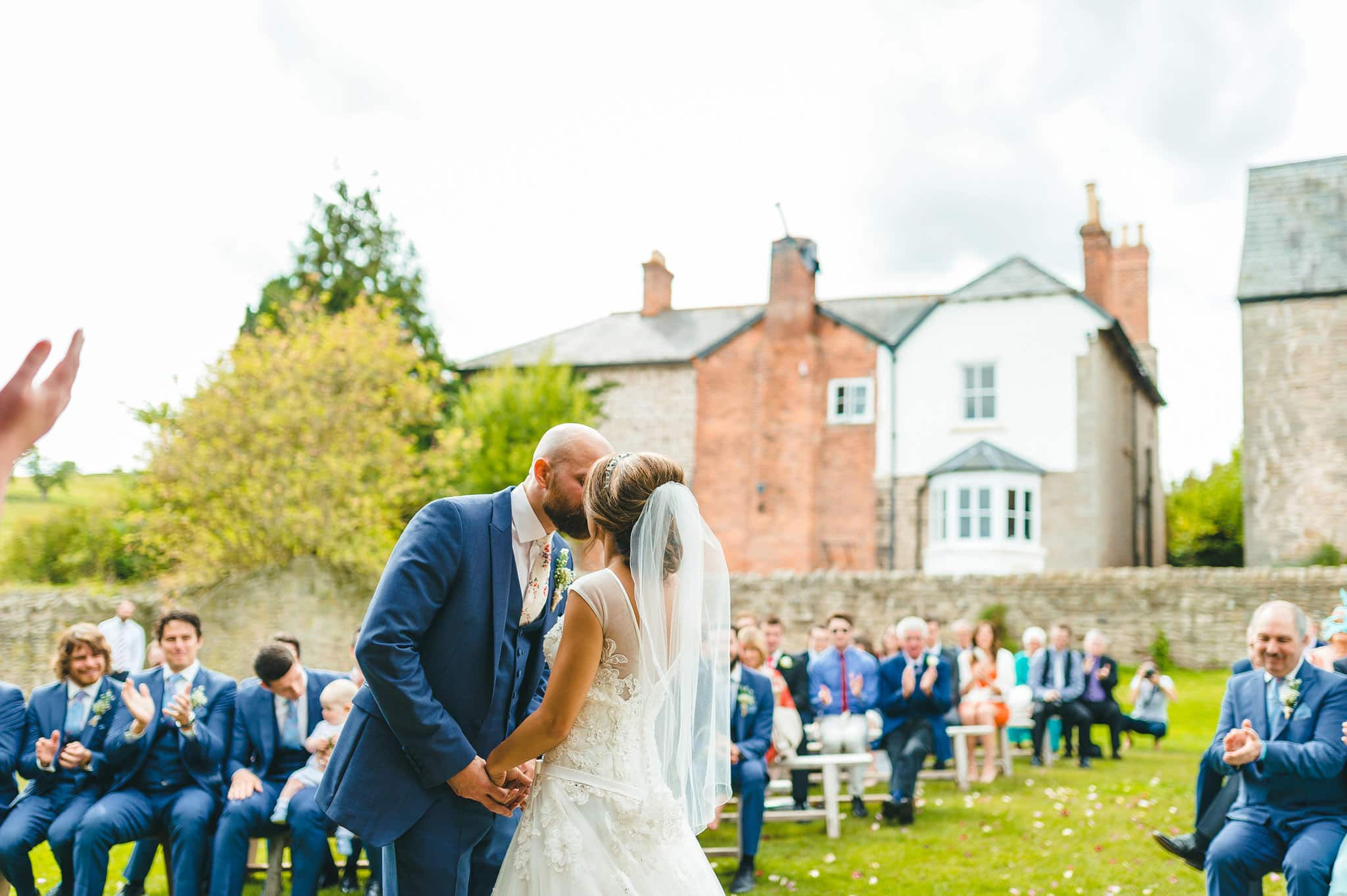 lyde-court-barn-wedding-photography-hereford (94)