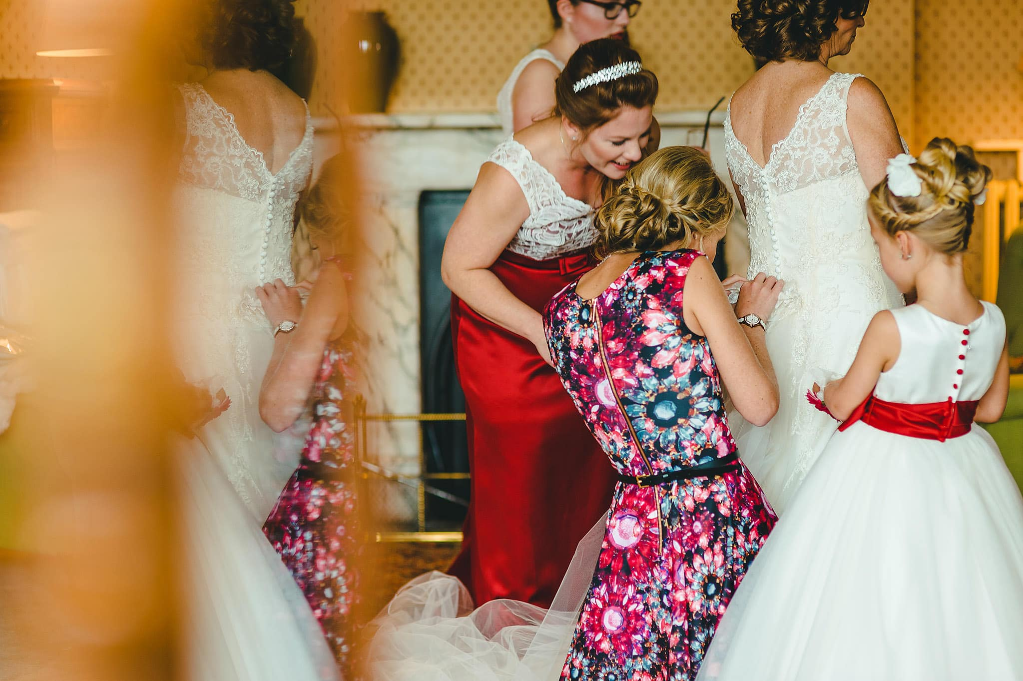 wedding-photography-at-eastnor-castle-in-herefordshire (32)