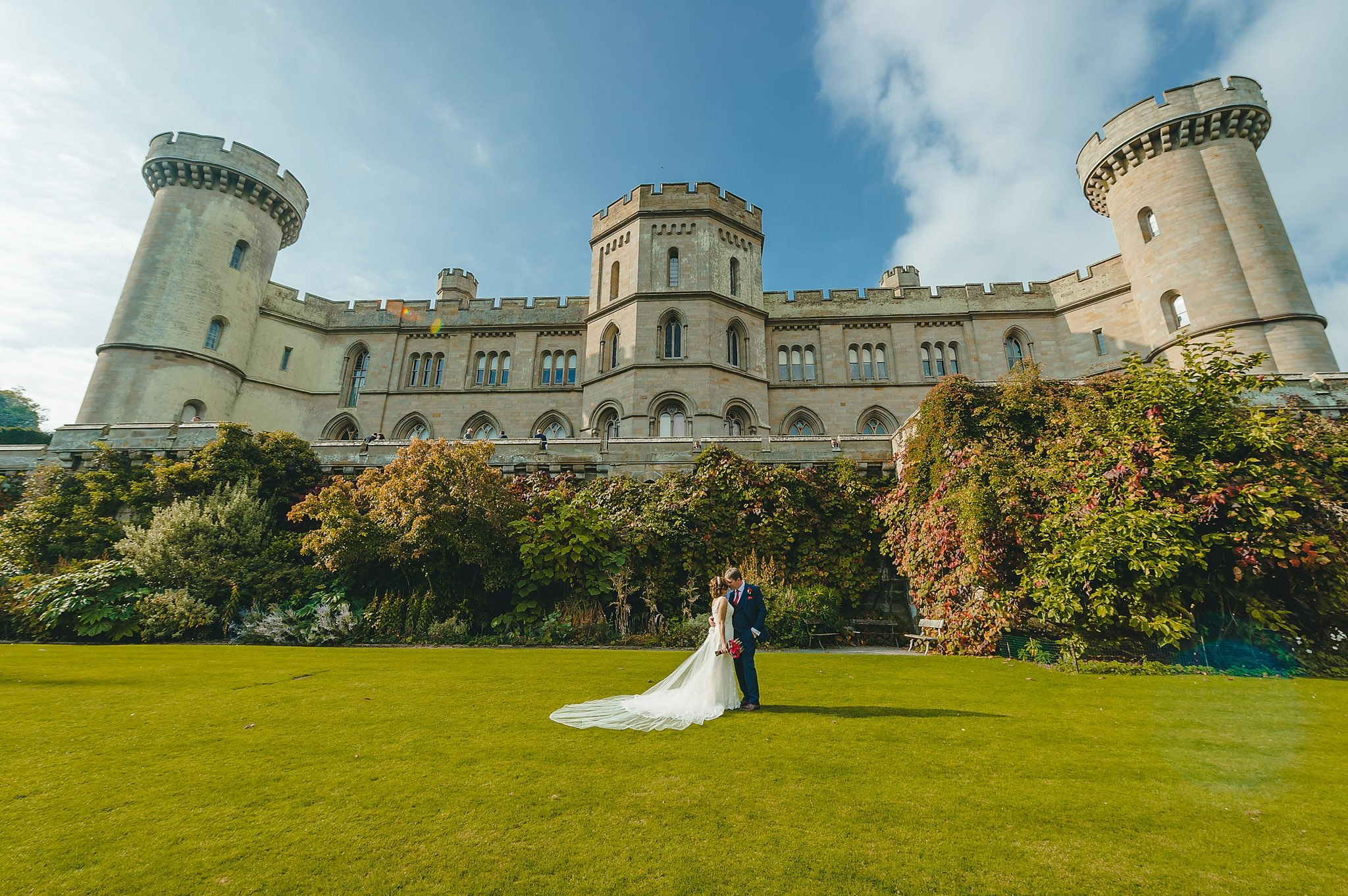 wedding-photography-at-eastnor-castle-in-herefordshire (88)