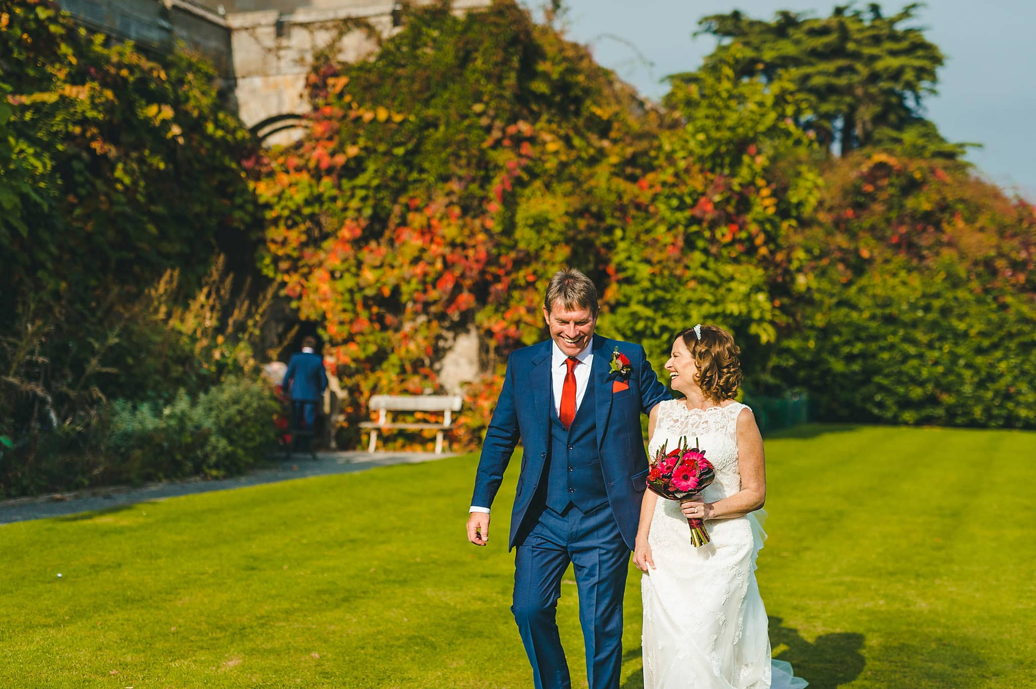 wedding-photography-at-eastnor-castle-in-herefordshire (89)