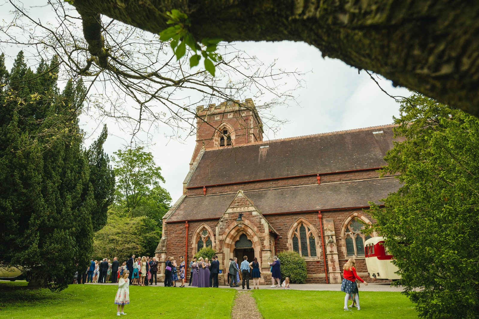 millers of netley wedding 29 - Millers Of Netley wedding, Dorrington, Shrewsbury | Emma + Ben