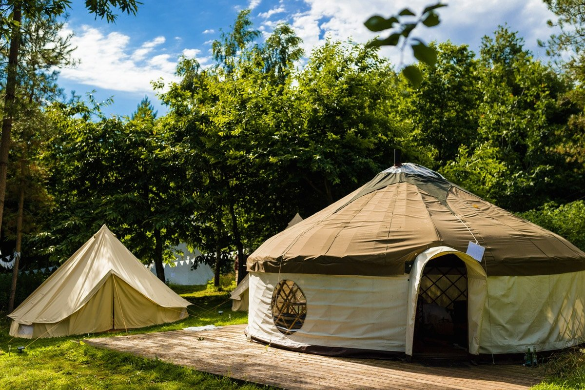 woodland-tipis-and-yurts-wedding-48