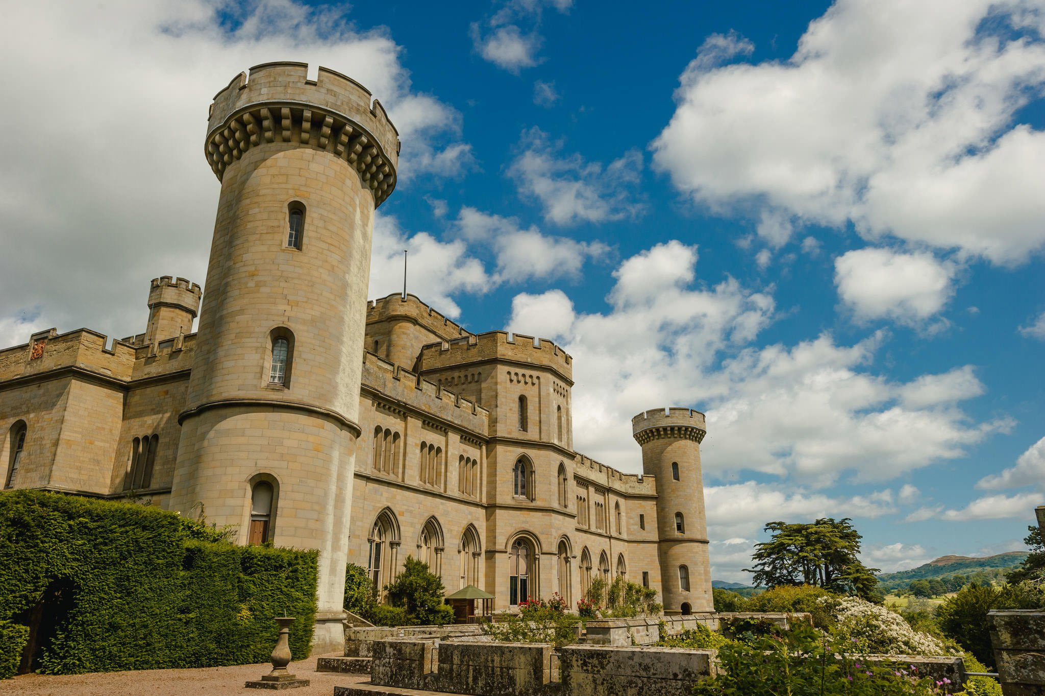 eastnor castle wedding pictures 10 - Eastnor Castle wedding photographer Herefordshire, West Midlands - Sarah + Dean
