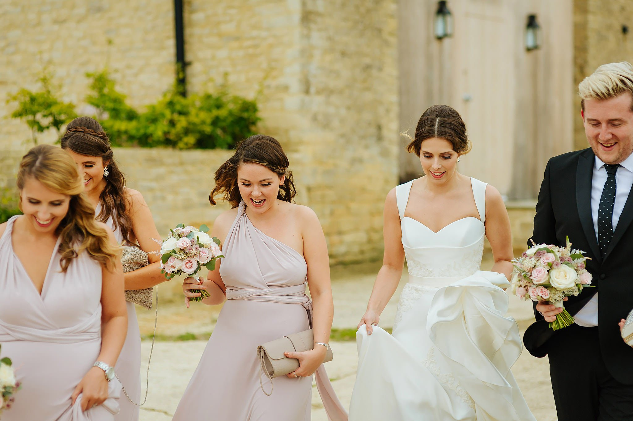 stone-barn-wedding-cotswolds (28)