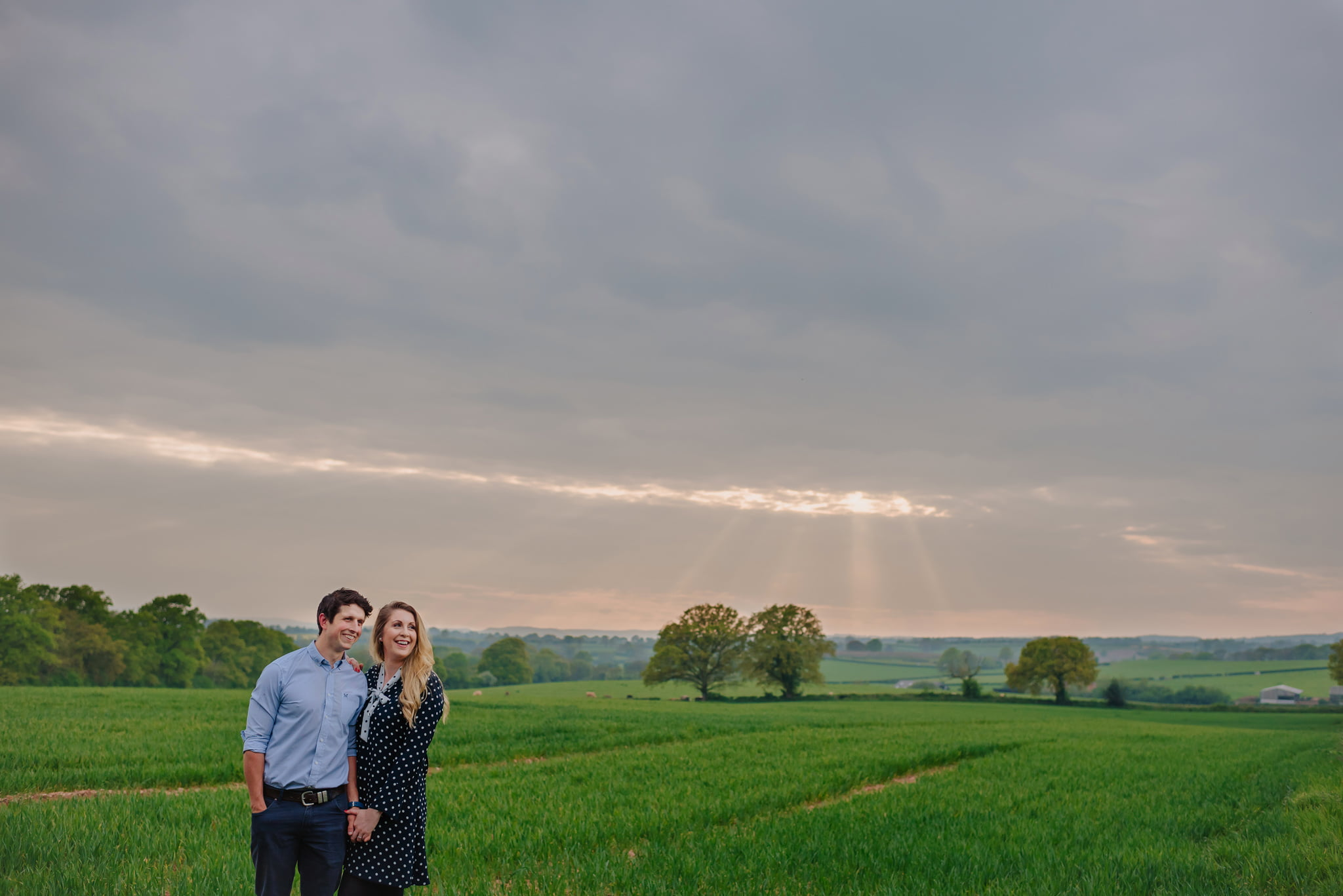 engagement-photography-in-herefordshire-west-midlands (12)