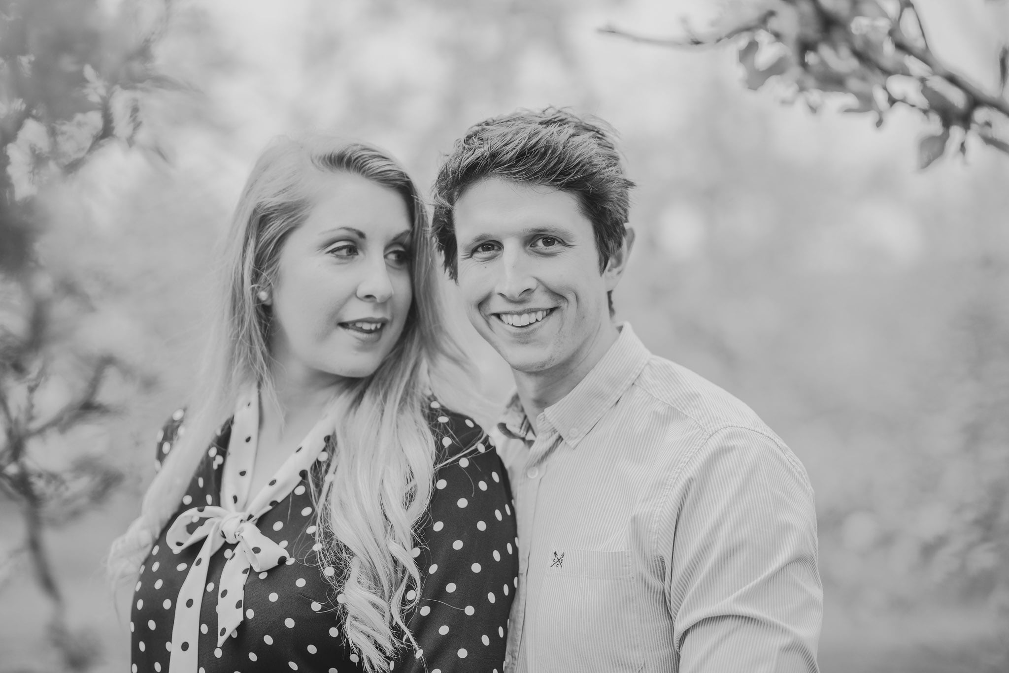engagement-photography-in-herefordshire-west-midlands (14)