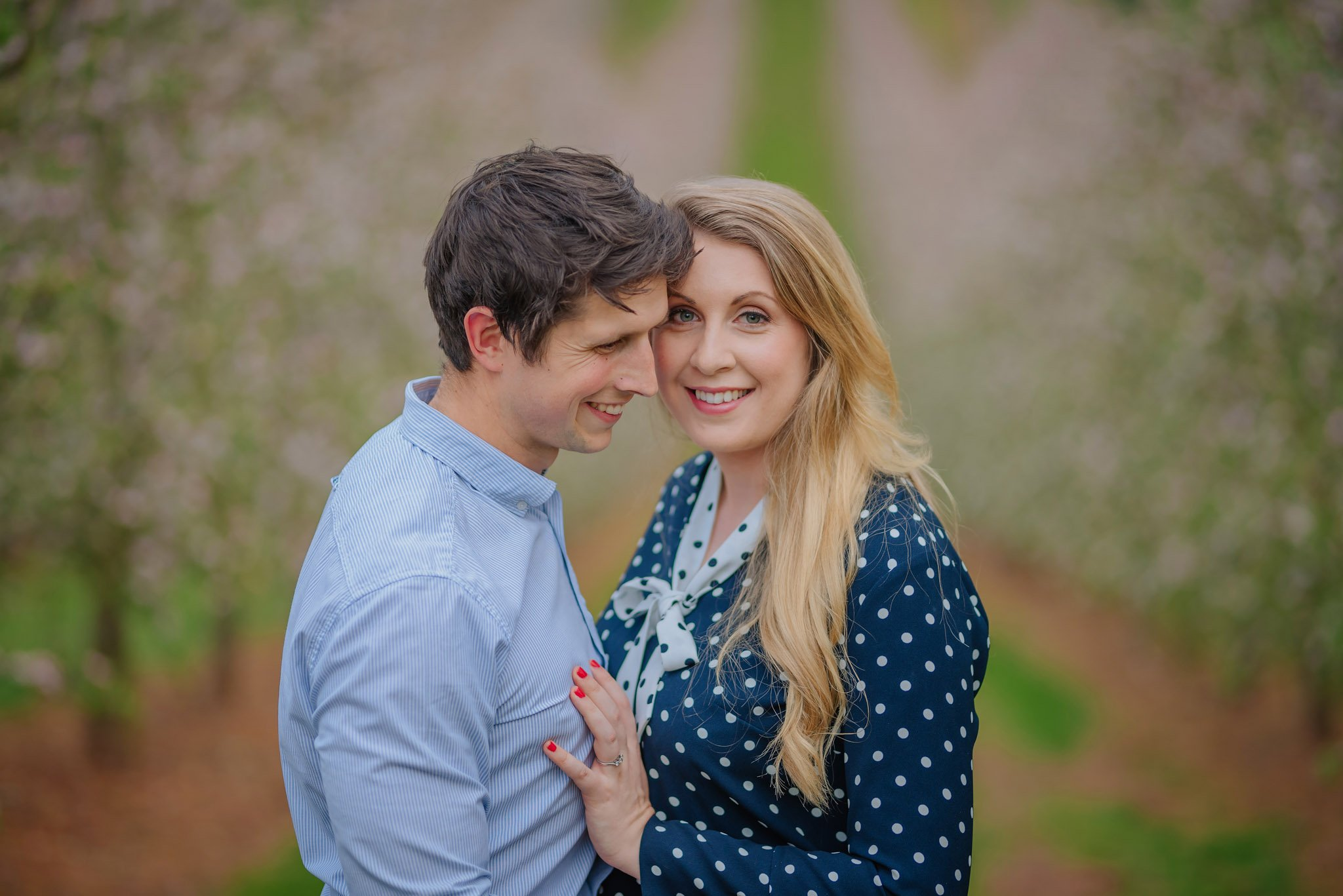 engagement-photography-in-herefordshire-west-midlands (17)