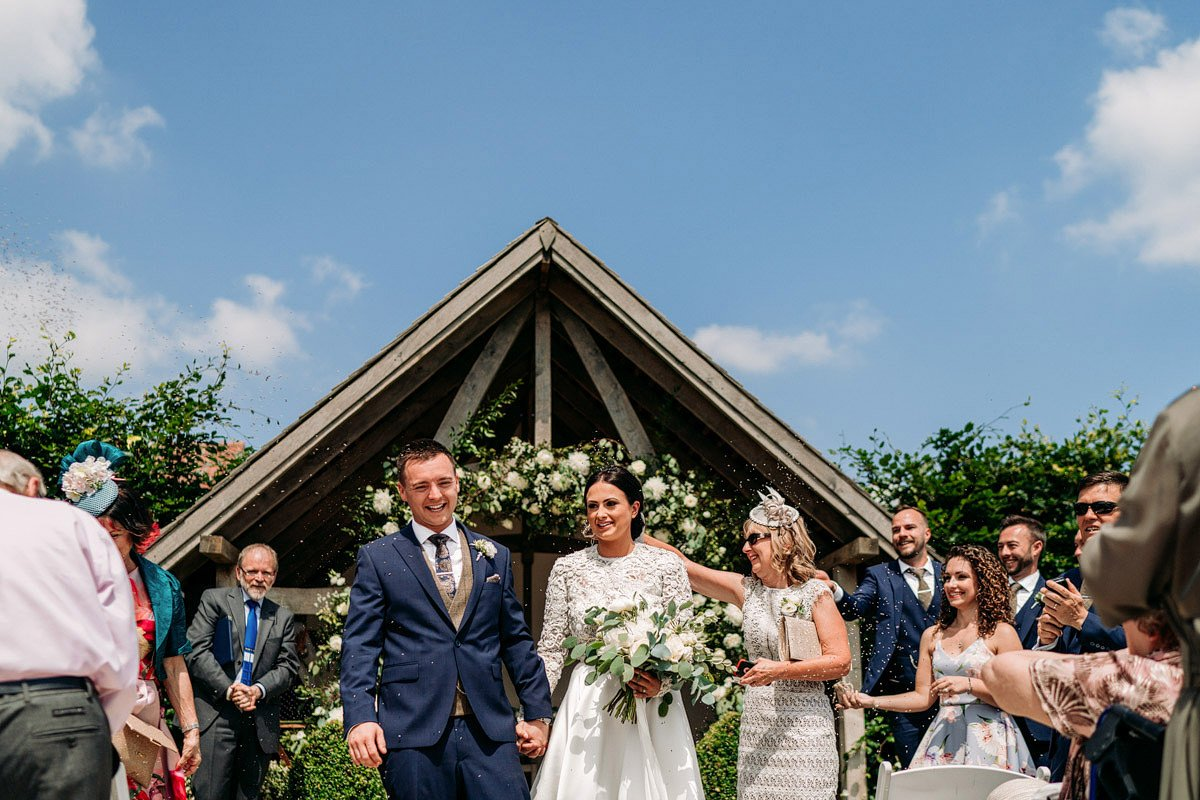 Kingscote Barn Wedding, Cotswolds 18