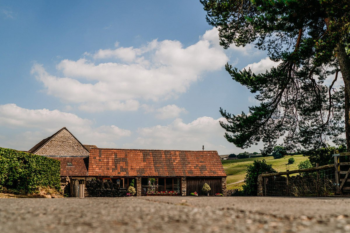 Kingscote Barn Wedding, Cotswolds 1