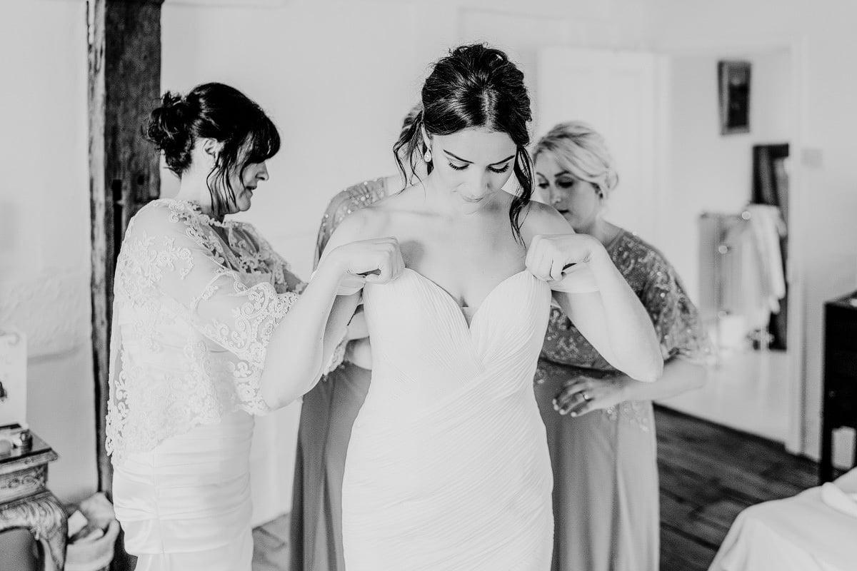 Lyde Court Wedding - Becky + Rhys 11