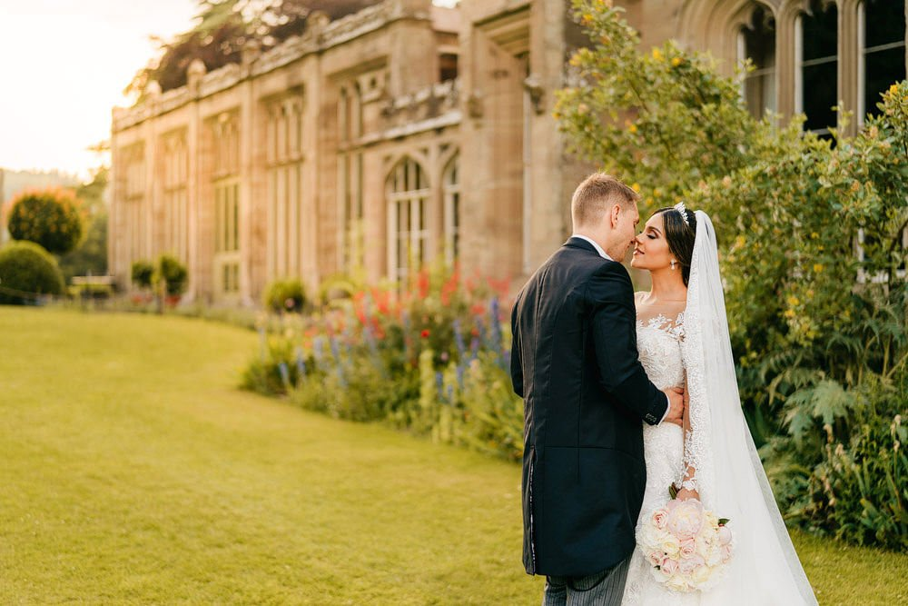 Hampton Court Castle Wedding 33