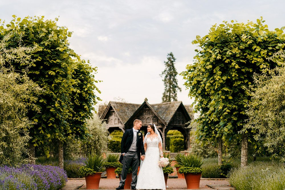 Hampton Court Castle Wedding 35